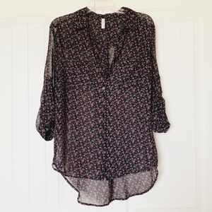 Xhilaration M Sheer Black Mini Floral Blouse EUC